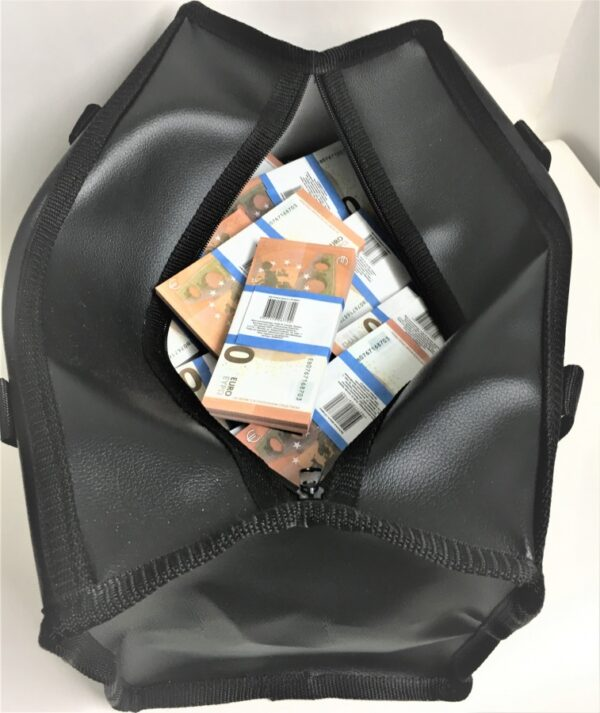 Bag of cash 10 euro (50 pcs)