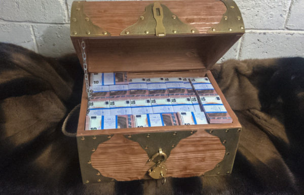 buy 10 euro Prop Money Pirate Chest