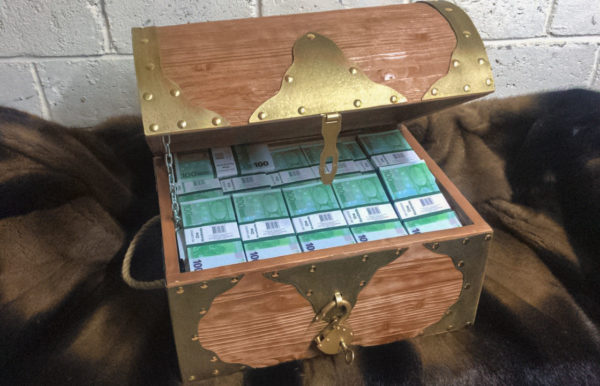 buy 100 euro Prop Money Pirate Chest