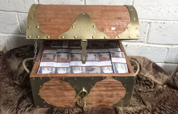 buy 200 Egyptian pounds Prop Money Pirate Chest