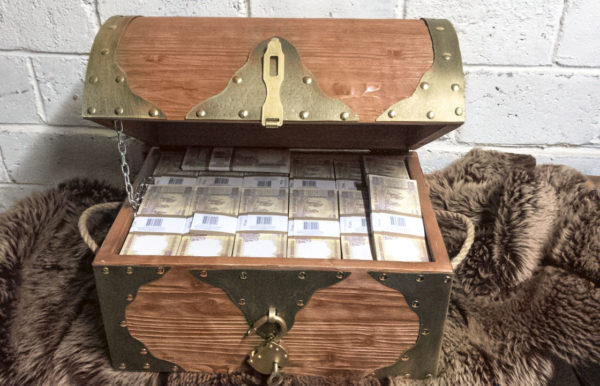 buy 500 Indian rupees Prop Money Pirate Chest